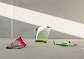 Untitled Glas